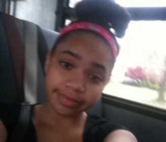 Bresha on bus